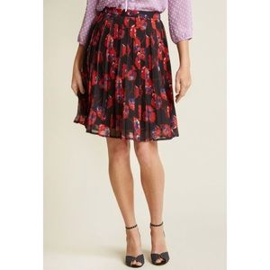 MODCLOTH Pleated Floral Print Chiffon Skirt XS
